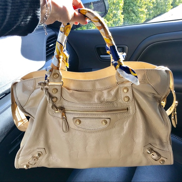 649fd41d7e Balenciaga Handbags - 💛Balenciaga City Bag💛 with Dustbag